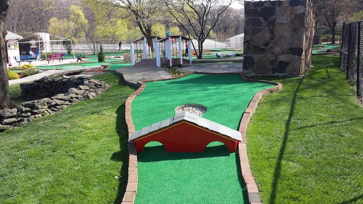 Brookside Mini Golf